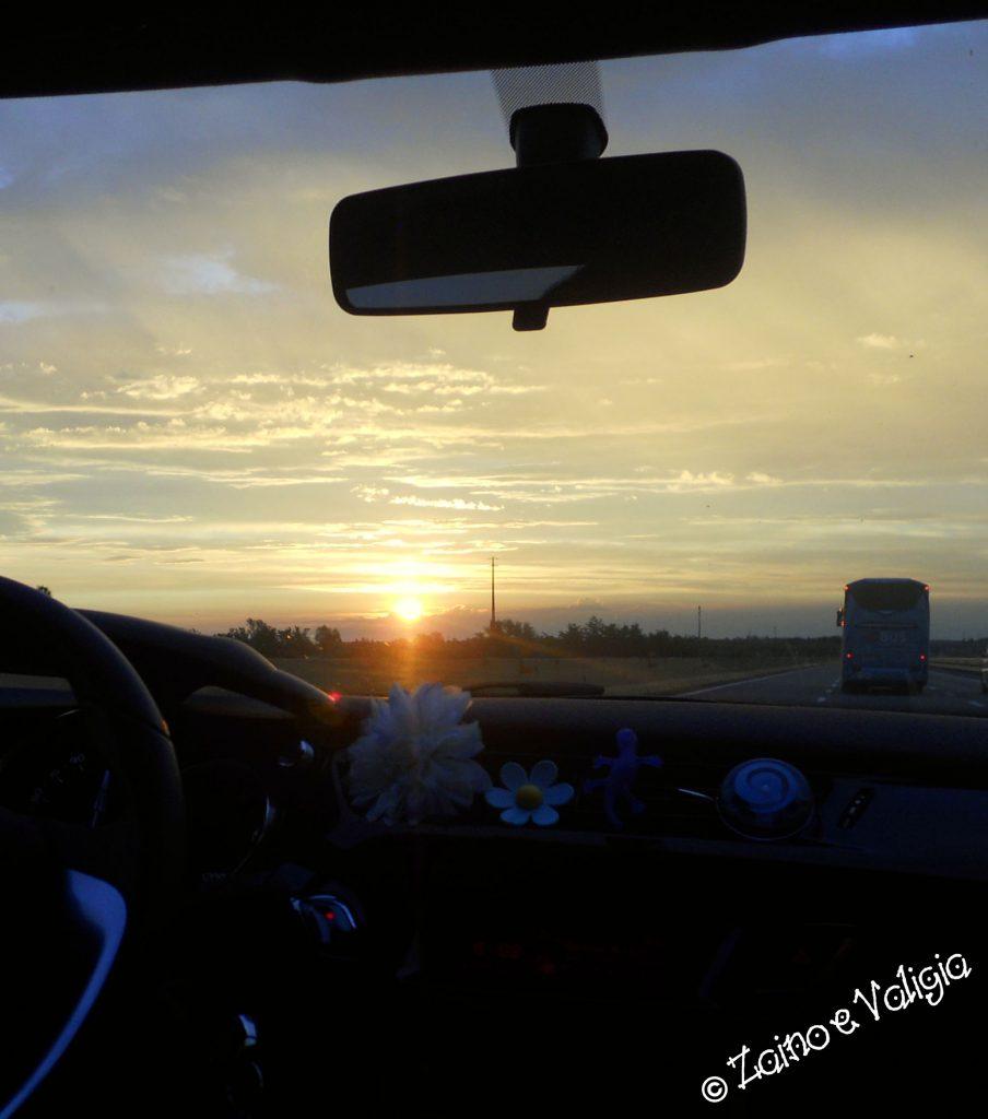 alba in macchina