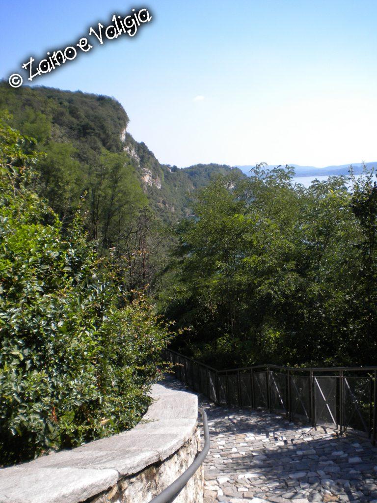 scalinata eremo santa caterina