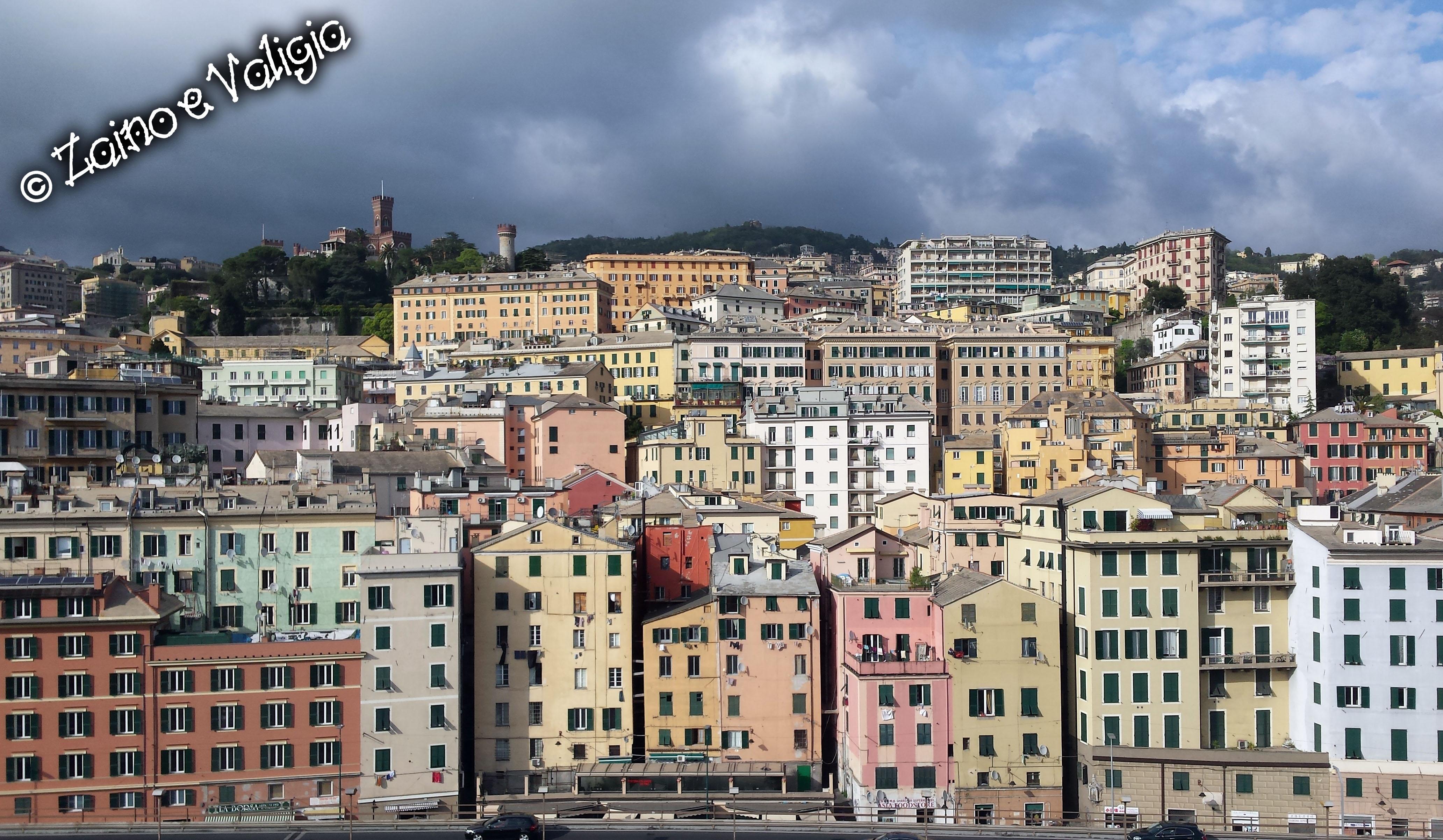 Ufficio Passaporti Genova Nervi : Genova e visita al museo del mare zaino e valigia