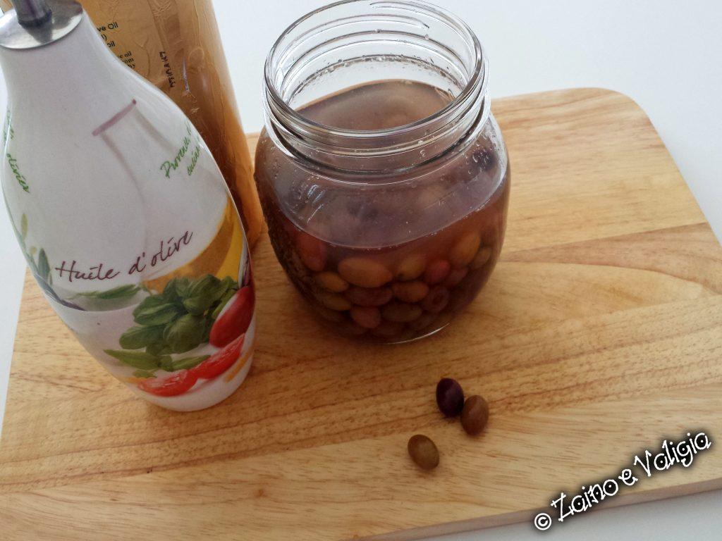 olive taggiasche e olio