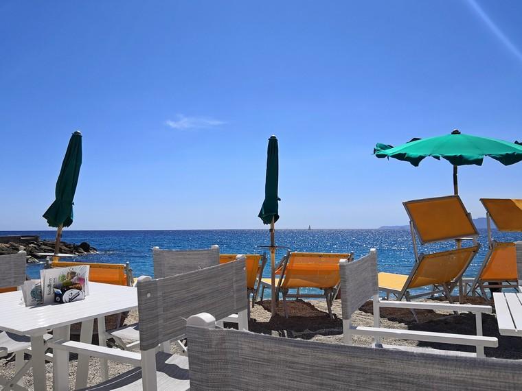 varigotti bar spiaggia