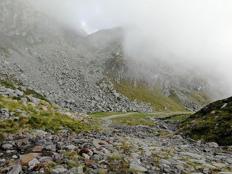 trekking lago mucrone