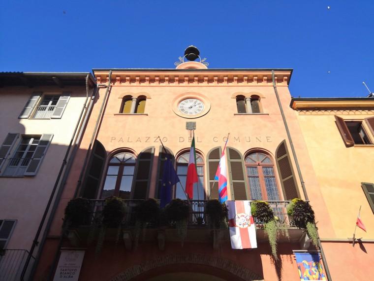 palazzo comunale alba